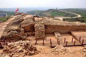 中国发现4千年前巨型金字塔将改写历史!